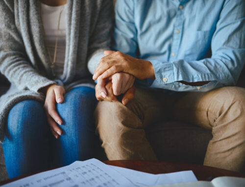 Surrogacy Agency Warning Signs